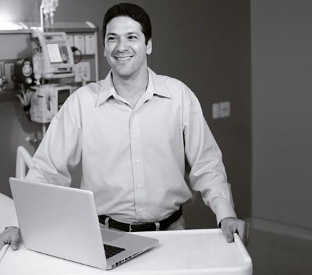 Jorge Salluh - руководитель исследования о влиянии пневмонии на рак