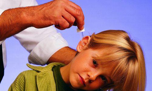 Быстрое промывание уха при наличии серной пробки