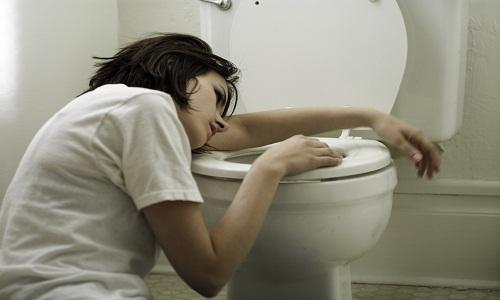 Тошнота - один из симптомов аллергии