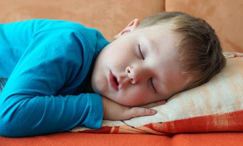 Затрудненное носовое дыхание при аденоидах