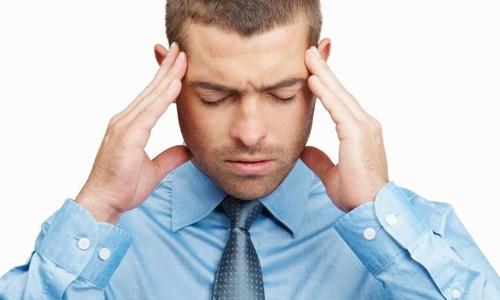 Сильные головные боли - симптом силикоза легких