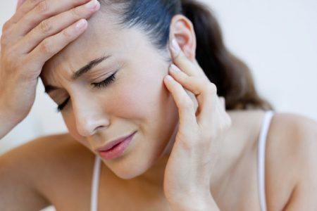 Ушная боль при наклонах головы