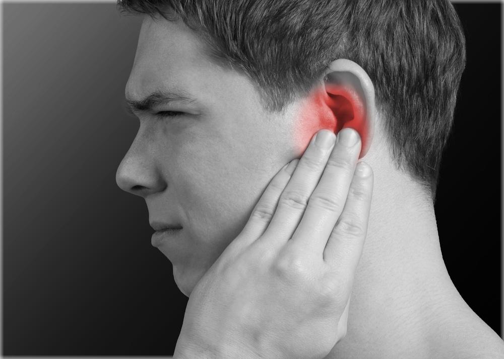 Болит голова за ухом справа причины и методы лечения